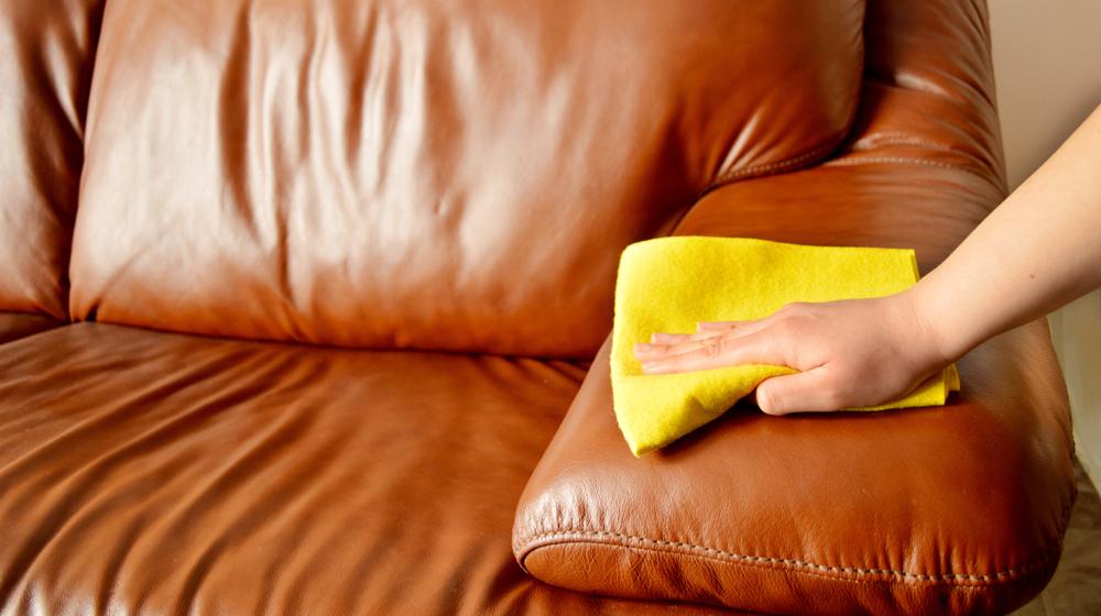 Как отмыть тканевый диван от пятен и разводов фото